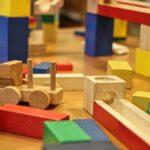 Giocattoli di legno: divertimento e creatività